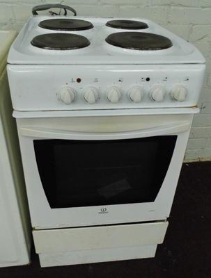 Indesit electric oven in W/O