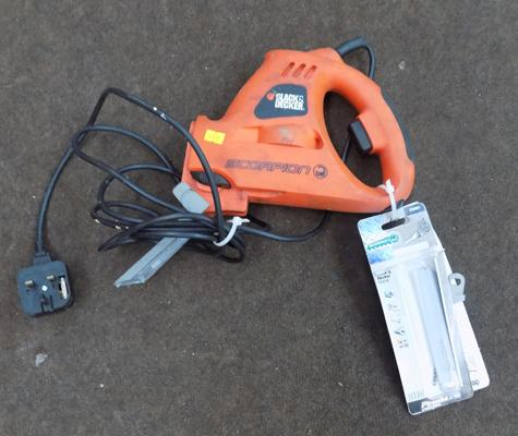 Black and Decker scorpion saw and blades