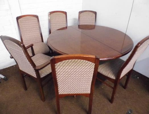 Extending table and six chairs