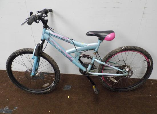 Teenagers/small adults Sabre Sport Mystique double disc, full suspension mountain bike