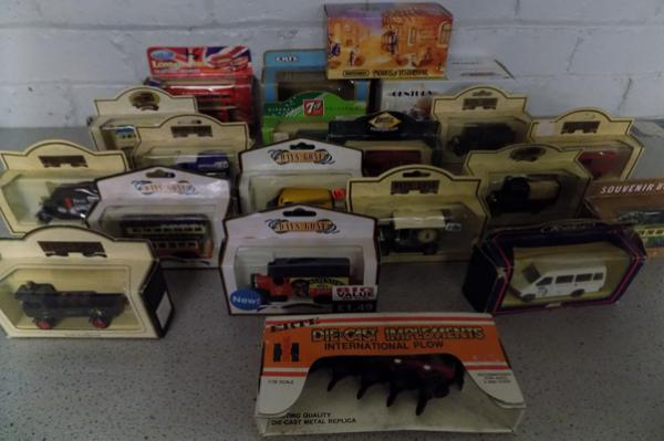 Collection of Days Gone, Matchbox etc... boxed diecast