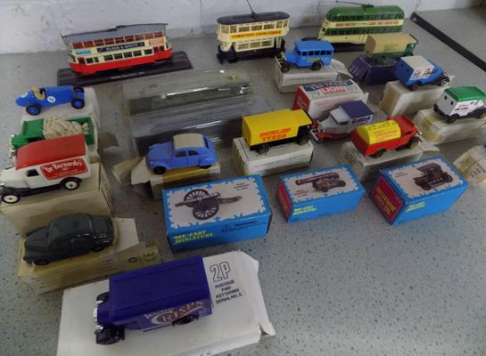 Collection of display buses, miniature Corgi display train diecast & miniature pencil sharpeners