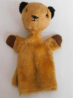 1970s Chad Valley Sooty hand puppet
