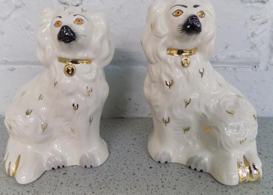 Pair of small Royal Doulton fireside dogs - no damage found