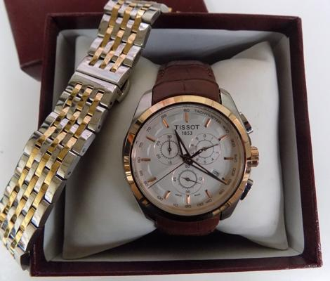 Mens Tissot chronograph watch with extra strap w/o