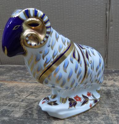 Royal Crown Derby ram paperweight gold stopper