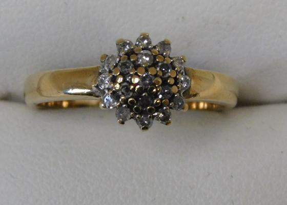 9ct Gold 1/4 carat diamond cluster ring size O