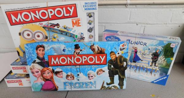Five Monopoly board games, incl. Minions Despicable Me (3), Frozen Monopoly & Frozen Junior Labyrinth - all complete