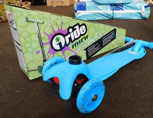New and boxed o-ride mini junior scooter - blue