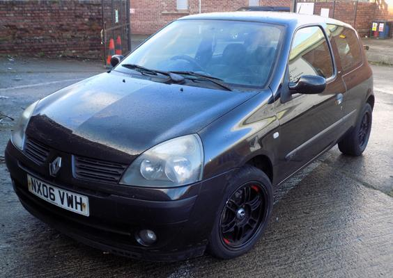 Renault Clio 1.2 Campus Sport 16v, 2006, 06 reg, MOT 14/8/20, 3 owners from new, alloy wheels, loud exhaust system