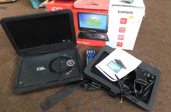 EGL portable DVD player with case, charger and remote