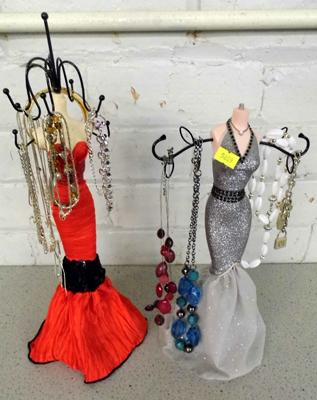 Assortment of costume jewellery, incl. 925 silver & jewellery stands