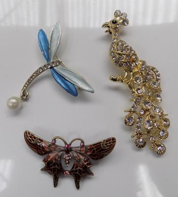 3x Brooches-dragonfly, butterfly & peacock