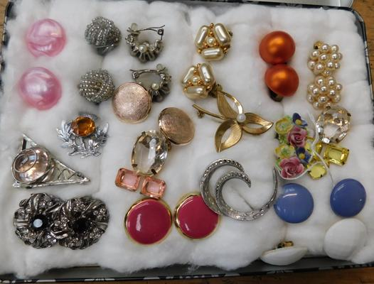 Assortment of brooches and costume earrings