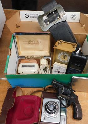 Assortment of collectables incl. camera, cigarette case etc...