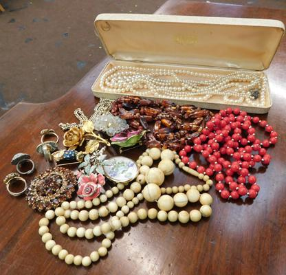 Assortment of vintage costume jewellery