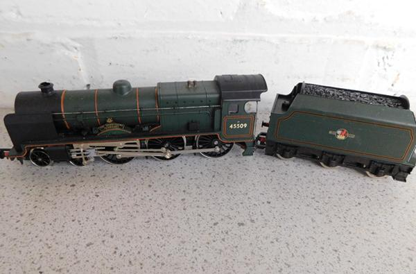 Hornby engine + coal truck - 45509
