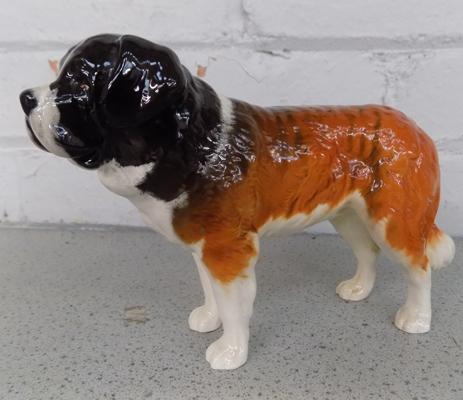 Beswick St. Bernard dog (no damage found)