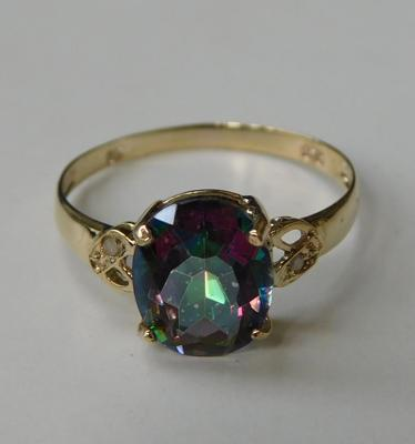9ct gold, diamond & mystic topaz ring, size O 1/2