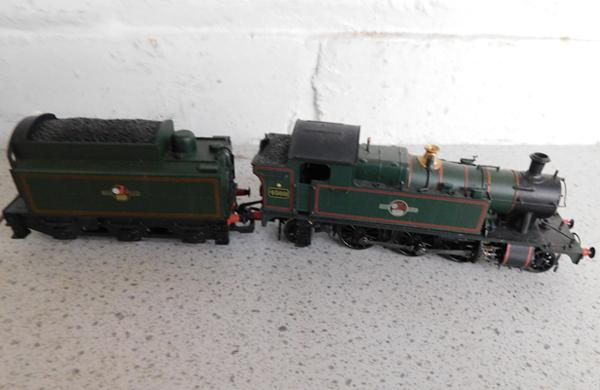 Hornby engine + coal truck - 4569