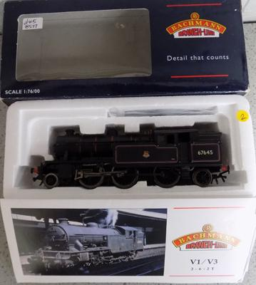 Bachmans scale 1:76/00 V1/V3 tank, 67645 BR, lined black in box with paperwork