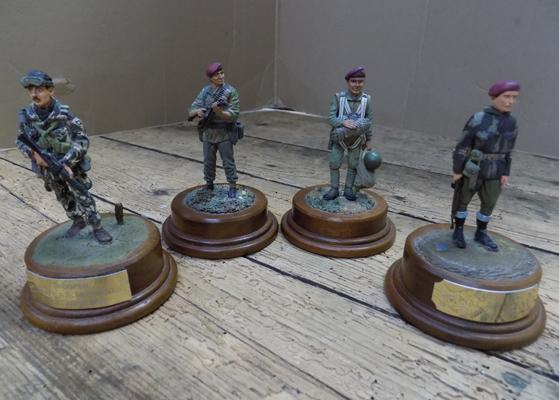 Well detailed, hand painted military soldiers on bases, one signed by Alan Smith, 1987
