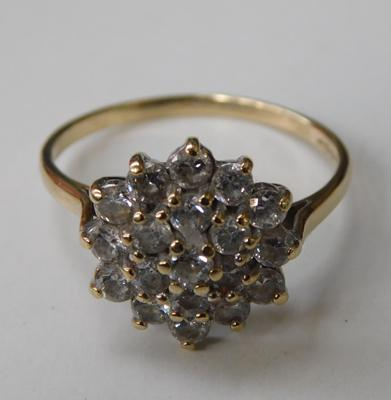 9ct gold, white stone cluster ring, size R