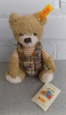 Steiff Bear (No.20 mit hose) as new with all paperwork. Lates 80s/90s German made