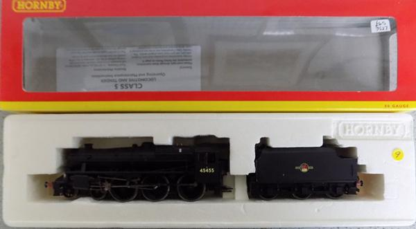 Hornby class 5 locomotive & tender in box with paperwork