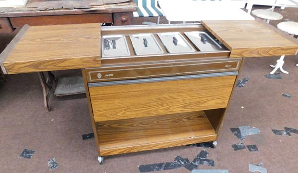 Electric hostess trolley