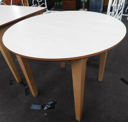 Circular dining table, new, unused