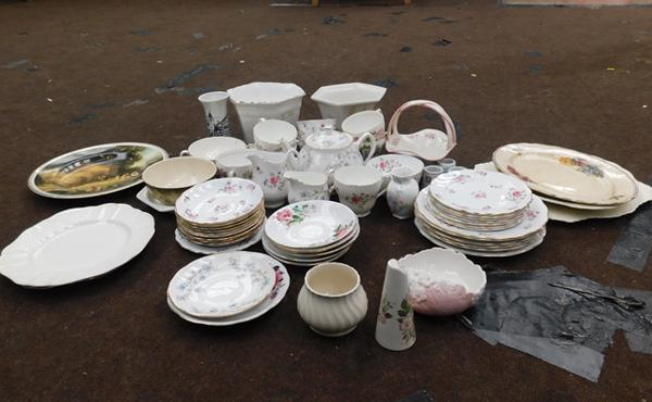 Assortment of china inc Aynsley, Duchess, Colclough & Melba
