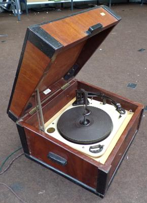 Vintage Garrard record player - unchecked