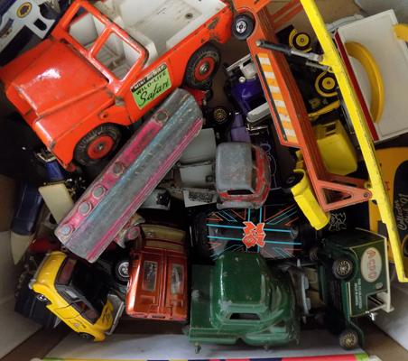 Box of vintage diecast including; Tri-ang, Corgi, Dinky, Lesney etc.
