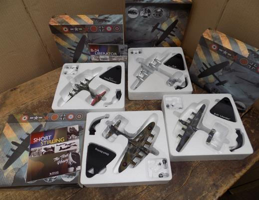 4x Atlas editions model planes