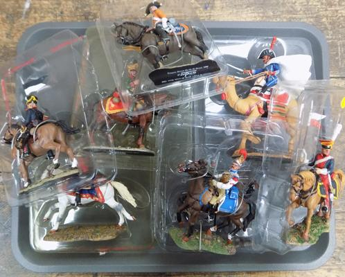 Tray of unboxed Del Prado figures