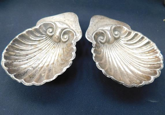 Pair of vintage hallmarked silver shell dishes (hallmark unreadable)