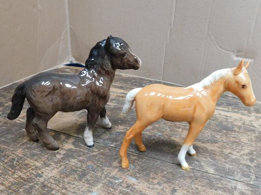 2 x Beswick foals, one with damaged ear