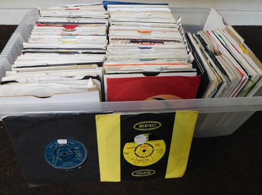 Approx. 300 x 7 inch singles, 1960s, 70s & 80s, incl. some demos