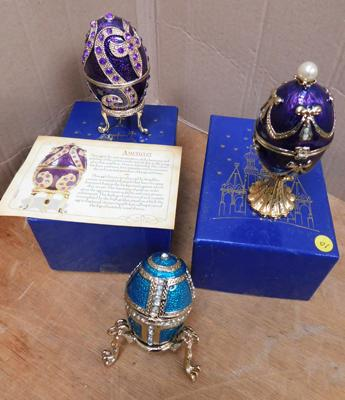 3x Faberge style eggs - 2x boxed, 1x without box and leg broken