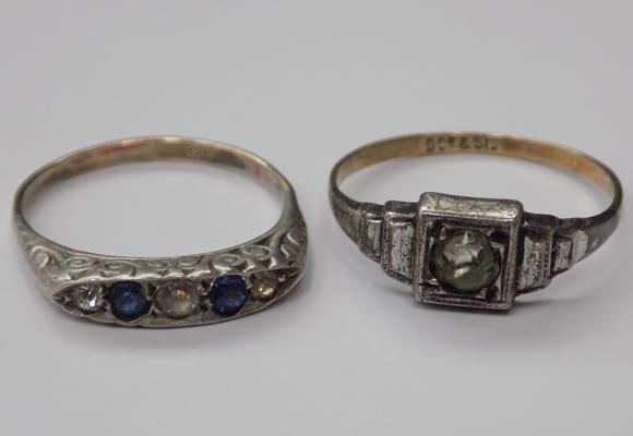 2x Vintage 9ct gold rings
