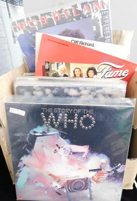 Box of LPs (37) - incl. Beatles, Led Zeppelin, Pink Floyd, Bob Dylan, The Who etc...