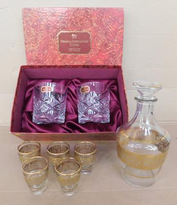 Boxed Doulton tumblers (x2) + small decanter & 5 glasses