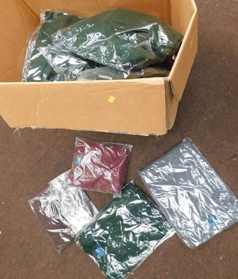 Box of 30 new acrylic jumpers-mixed sizes & colours