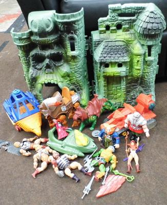He-Man castle grey skull playset and figures