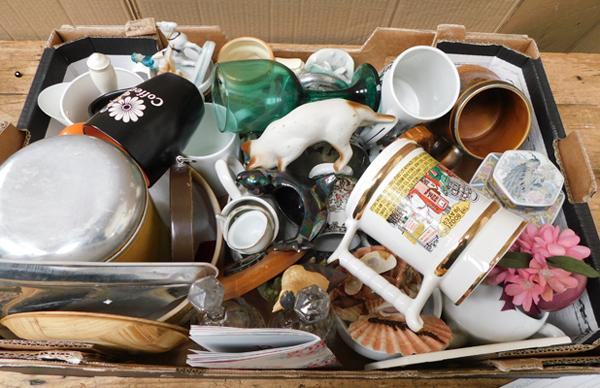 Box of vintage collectables incl. porcelain tankards, china ornaments, silver plated ware etc.