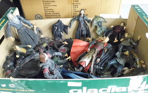 Large selection of Lord of the Rings/ Hobbit action figures