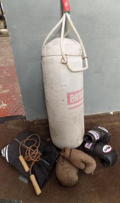 Punch bag with vintage gloves x2 and skipping ropes