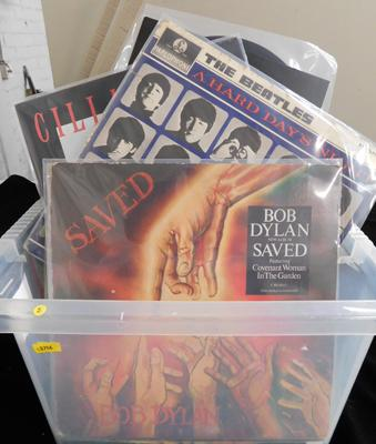 Box of LPs, incl. T Rex, Bob Dylan, Beatles, Bee Gees etc...