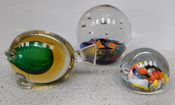 3x Glass paperweights